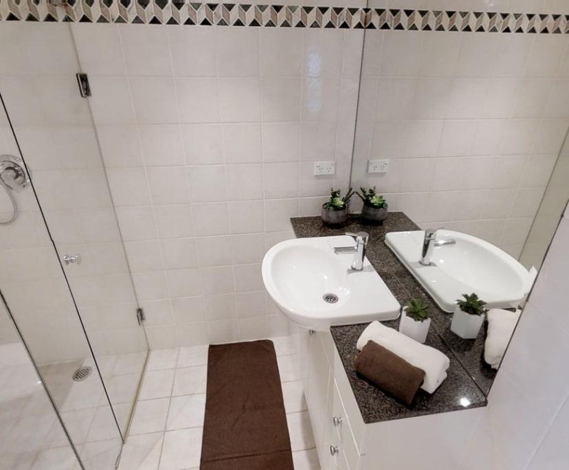 $180, Flatshare, 4 bathrooms, Sydney NSW 2000