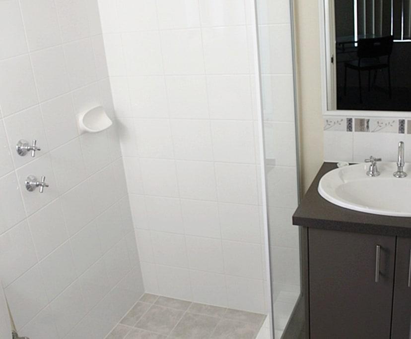 $165, Share-house, 4 bathrooms, Leach Hwy, Wilson WA 6107