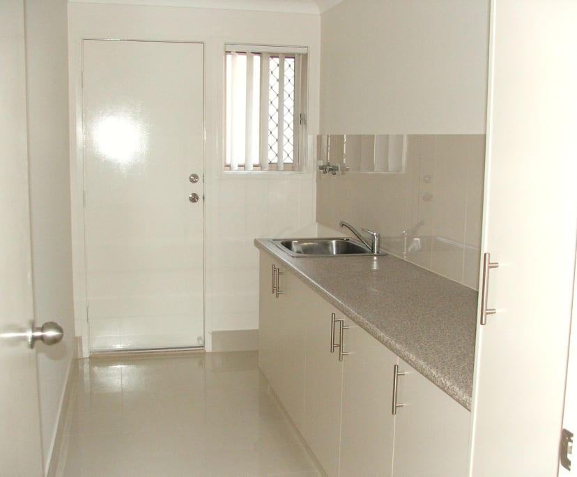 $170, Share-house, 5 bathrooms, Albert Street, Bethania QLD 4205