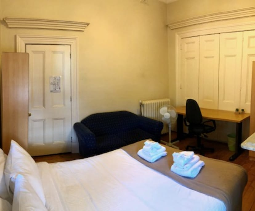 $280, Share-house, 6 bathrooms, Carlton VIC 3053