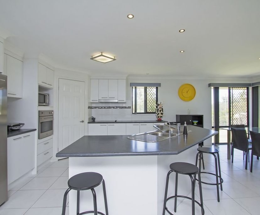 $250, Share-house, 4 bathrooms, Gaven QLD 4211