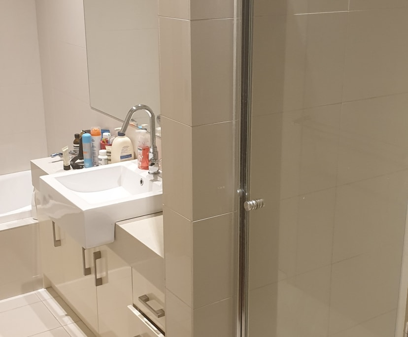 $205, Share-house, 3 bathrooms, Whitehouse Place, Moonee Ponds VIC 3039