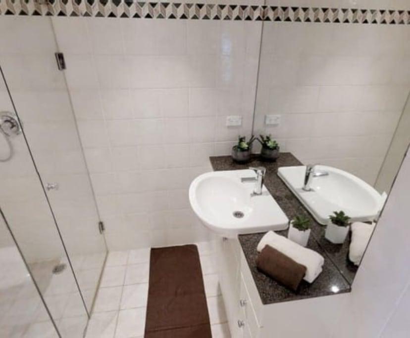 $400, Flatshare, 4 bathrooms, Pitt Street, Sydney NSW 2000