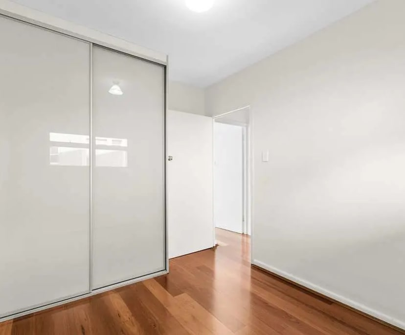 $280, Flatshare, 2 bathrooms, Anderson Street, Neutral Bay NSW 2089
