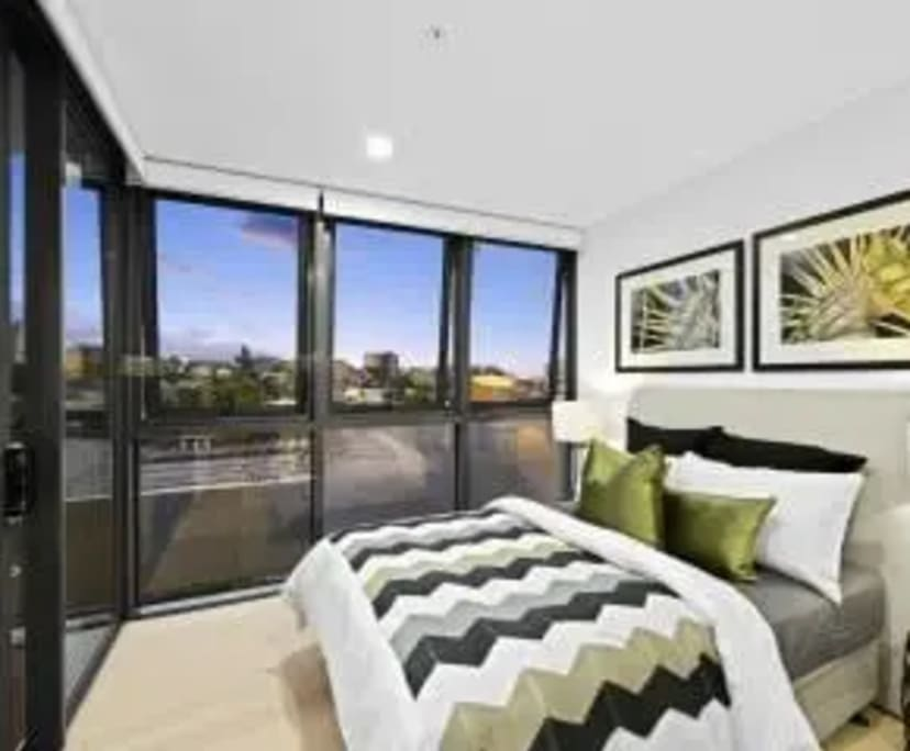 $260, Whole-property, 2 bathrooms, Mayne Road, Bowen Hills QLD 4006