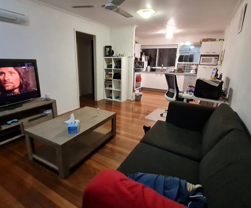 $200, Flatshare, 2 bathrooms, Woolloongabba QLD 4102