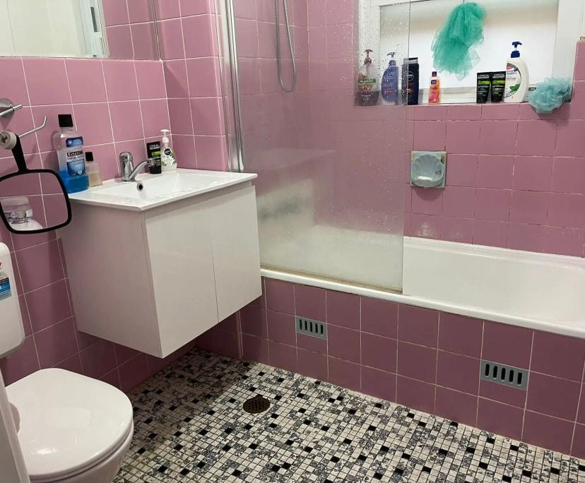 $170, Flatshare, 2 bathrooms, Kogarah NSW 2217