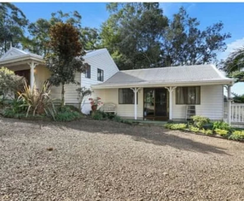 $500, Studio, 1 bathroom, Dixon Avenue, Maleny QLD 4552