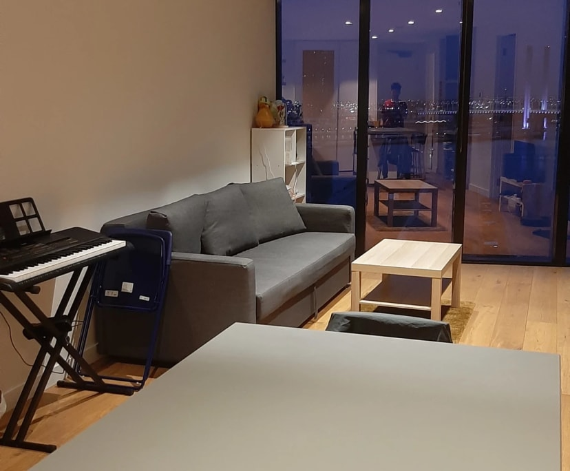 $280, Flatshare, 2 bathrooms, La Trobe Street, Docklands VIC 3008