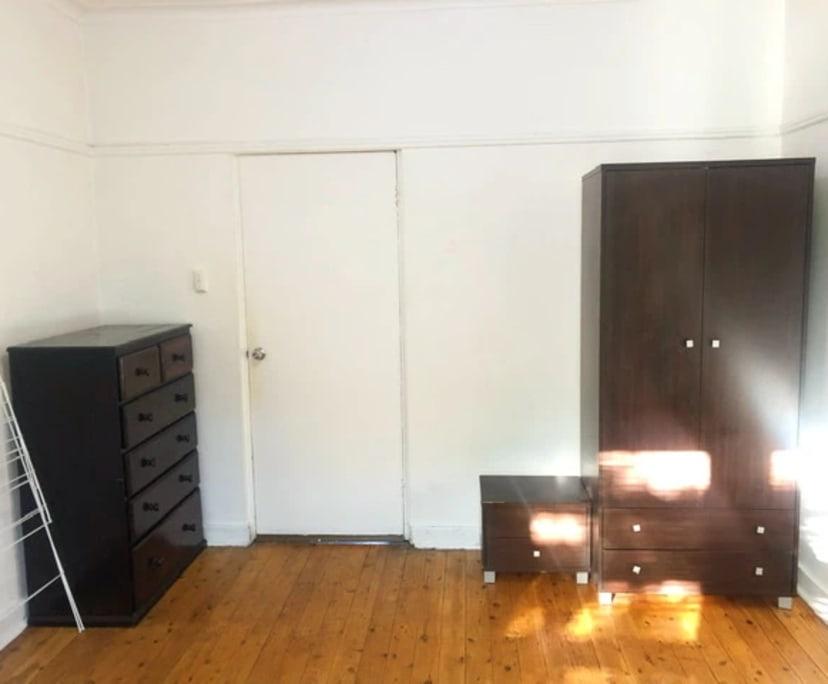 $250, Flatshare, 3 bathrooms, Neutral Bay NSW 2089