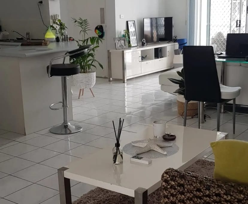$250, Flatshare, 3 bathrooms, Back Street, Biggera Waters QLD 4216