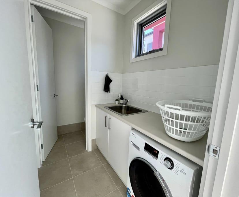 $180, Share-house, 3 bathrooms, Park Holme SA 5043
