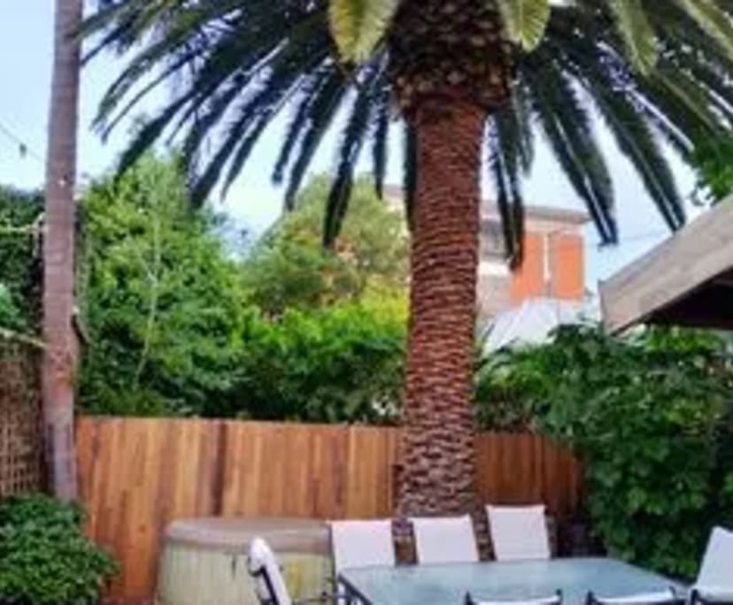 $230, Share-house, 3 bathrooms, St Kilda VIC 3182