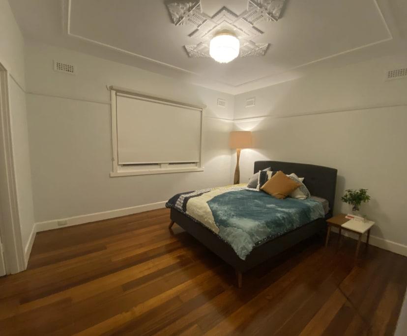 $350, Share-house, 4 bathrooms, Windsor VIC 3181
