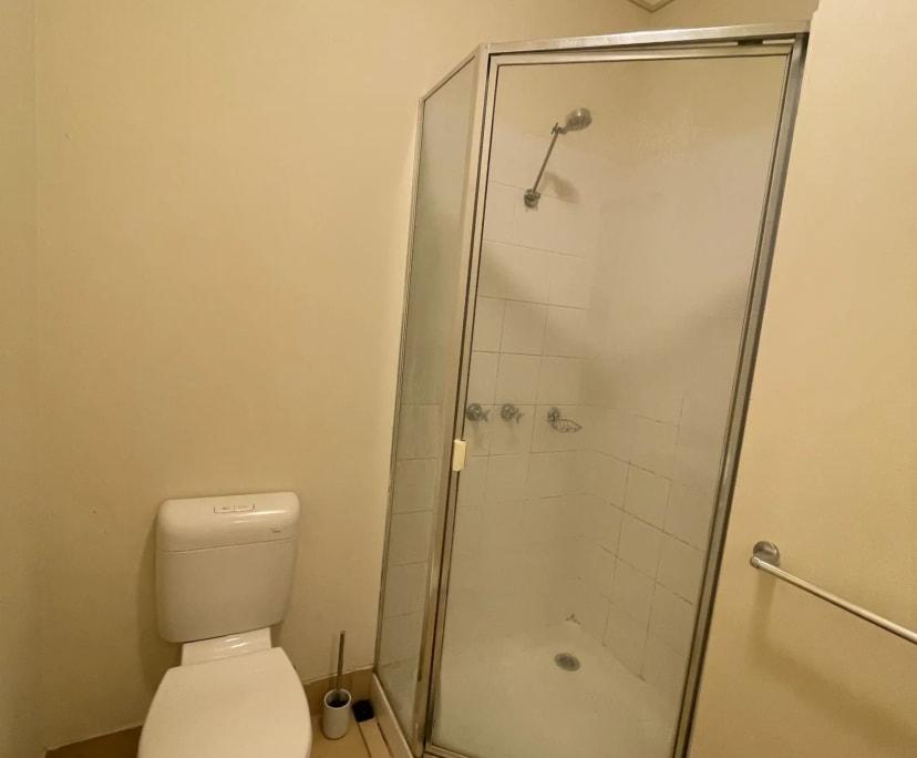 $143, Flatshare, 2 bathrooms, Lygon Street, Carlton North VIC 3054