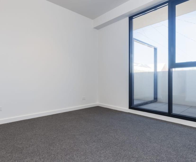 $410, 1-bed, 1 bathroom, Windsor VIC 3181