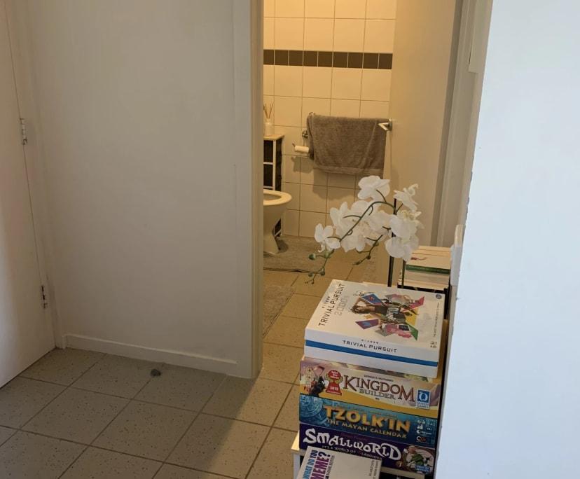 $270, 1-bed, 1 bathroom, Blackburn Road, Notting Hill VIC 3168