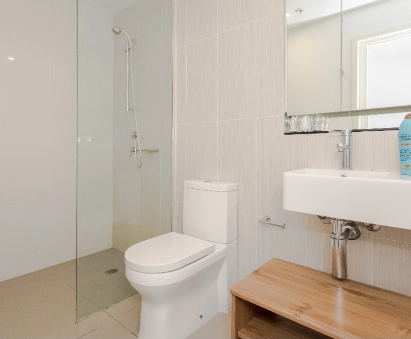 $455, Whole-property, 2 bathrooms, South Yarra VIC 3141