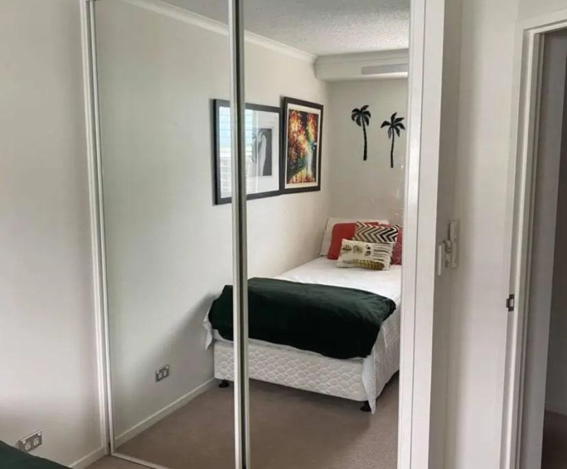 $200, Flatshare, 3 bathrooms, Wicklow Street, Kangaroo Point QLD 4169
