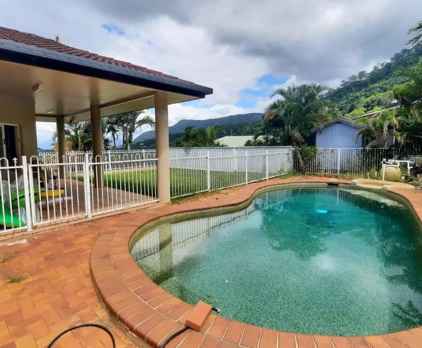 $163, Share-house, 4 bathrooms, Summer Hill Drive, Mooroobool QLD 4870