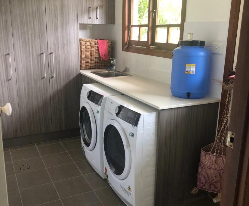 $160, Share-house, 3 bathrooms, Jordan Close, Mooroobool QLD 4870