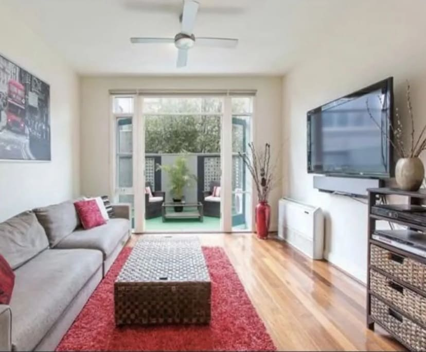 $280, Share-house, 3 bathrooms, Windsor VIC 3181
