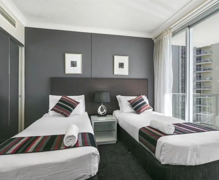 $250, Student-accommodation, 1 bathroom, Ferny Avenue, Surfers Paradise QLD 4217