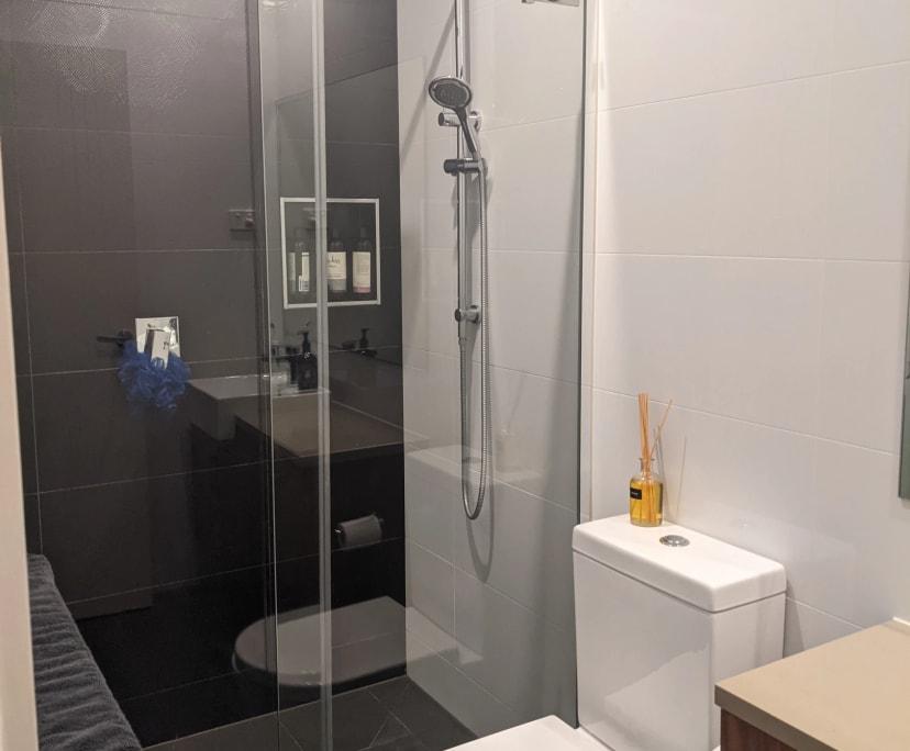 $180, Flatshare, 2 bathrooms, Johnson Street, Reservoir VIC 3073