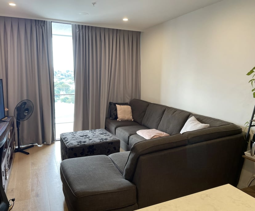 $300, Flatshare, 2 bathrooms, Woolloongabba QLD 4102