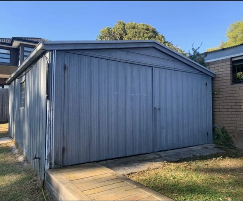 $200, Share-house, 3 bathrooms, Huntingdale Road, Mount Waverley VIC 3149