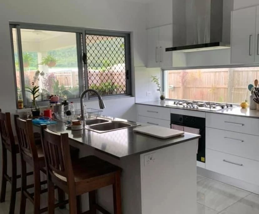 $170, Share-house, 4 bathrooms, Mount Peter QLD 4869
