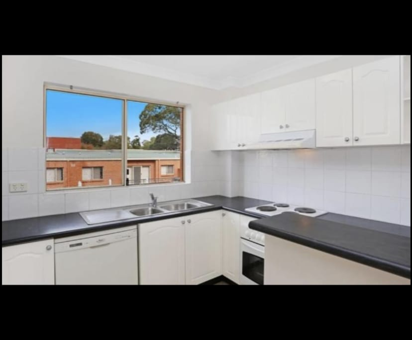 $210, Student-accommodation, 2 bathrooms, Glencoe Street, Sutherland NSW 2232