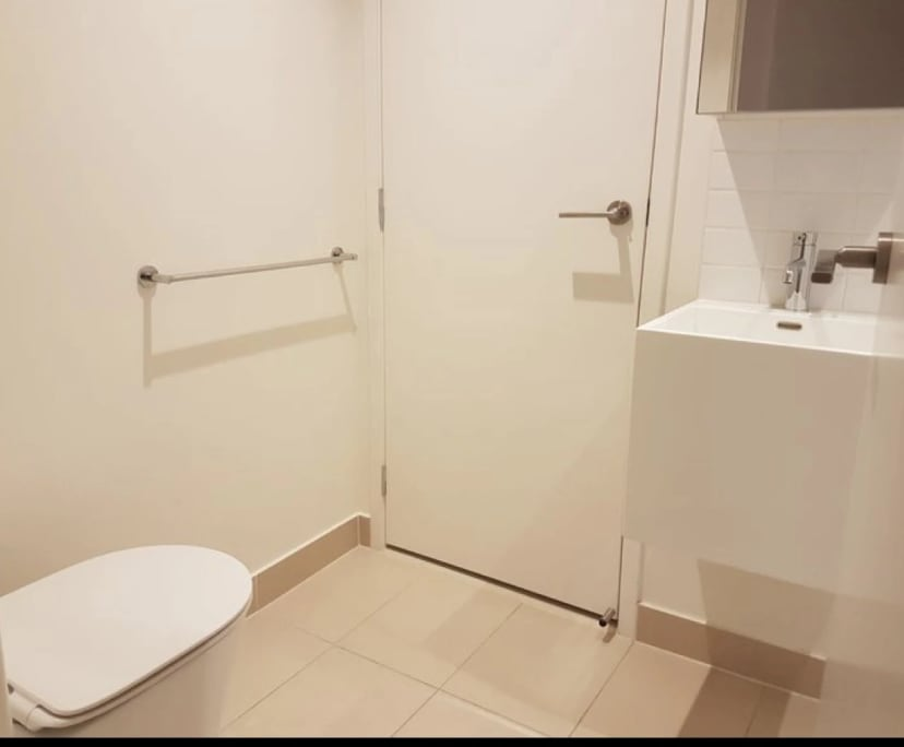$300, Flatshare, 2 bathrooms, Southbank VIC 3006