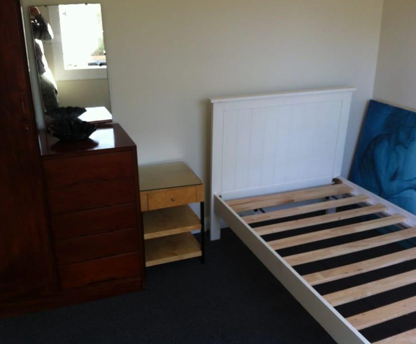 $190, Share-house, 5 bathrooms, Charlestown Road, New Lambton Heights NSW 2305