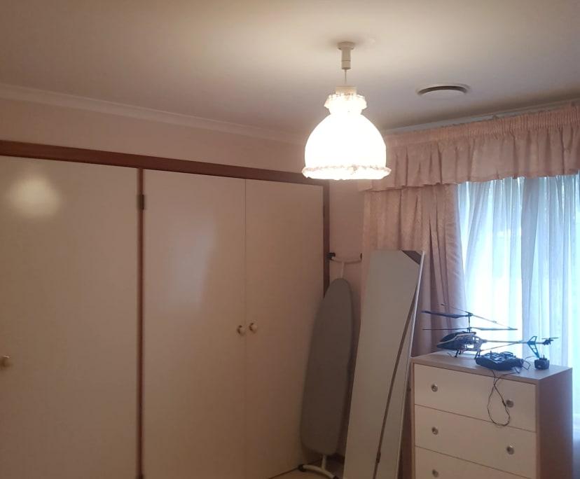 $300, Flatshare, 4 bathrooms, Isaacs ACT 2607
