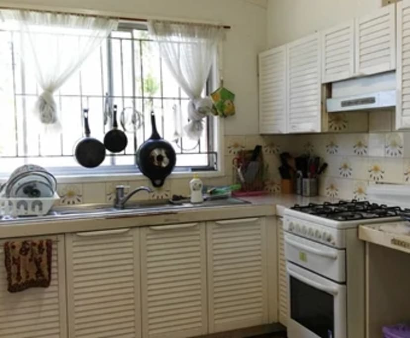 $160, Student-accommodation, 5 bathrooms, Windsor QLD 4030