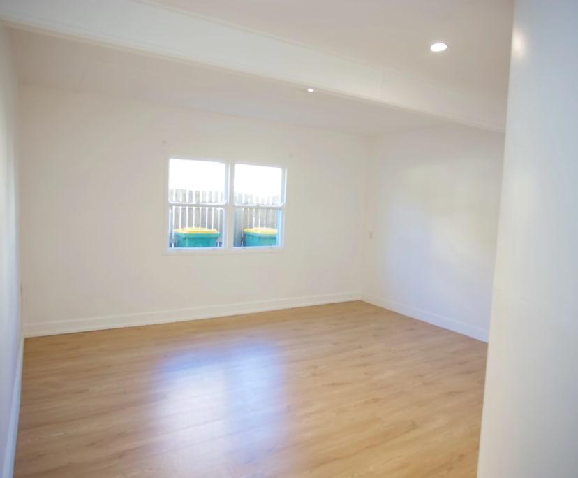 $300-340, Flatshare, 2 rooms, Hedges Avenue, Mermaid Beach QLD 4218, Hedges Avenue, Mermaid Beach QLD 4218