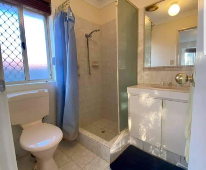 $150, Share-house, 5 bathrooms, Queen Street, Bentley WA 6102