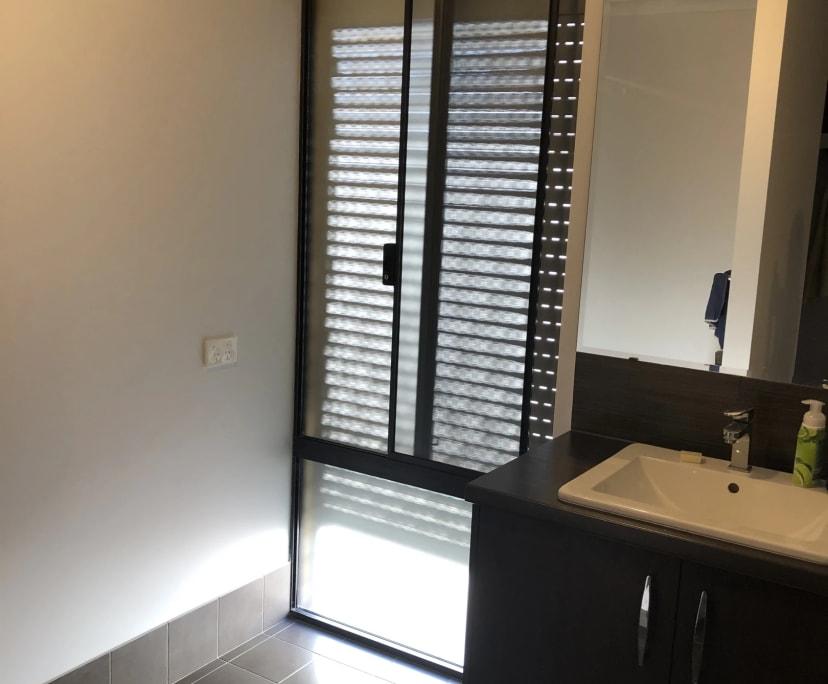 $250, Share-house, 3 bathrooms, Breezy Way, Meadow Springs WA 6210