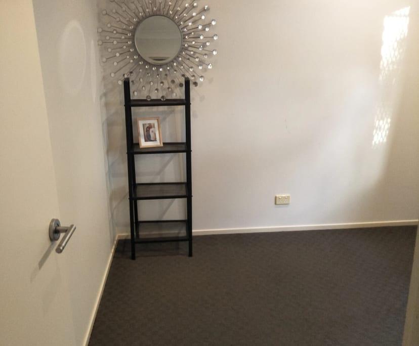 $200, Share-house, 3 bathrooms, Milparinka Terrace, Ashmore QLD 4214
