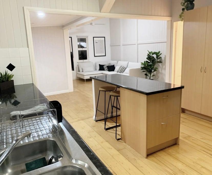 $200, Share-house, 5 bathrooms, Connor Street, Kangaroo Point QLD 4169