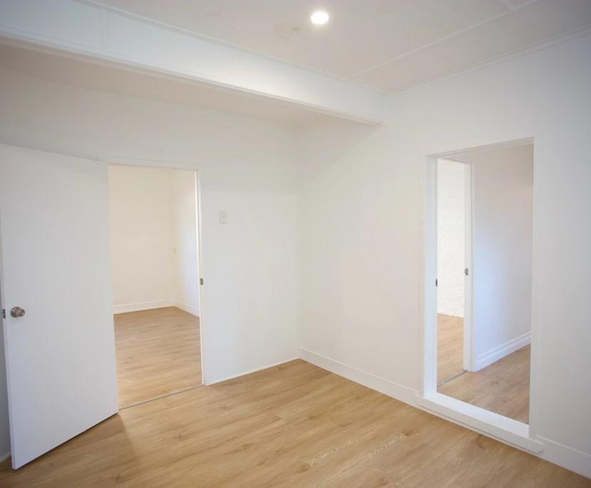 $640, Whole-property, 2 bathrooms, Hedges Avenue, Mermaid Beach QLD 4218