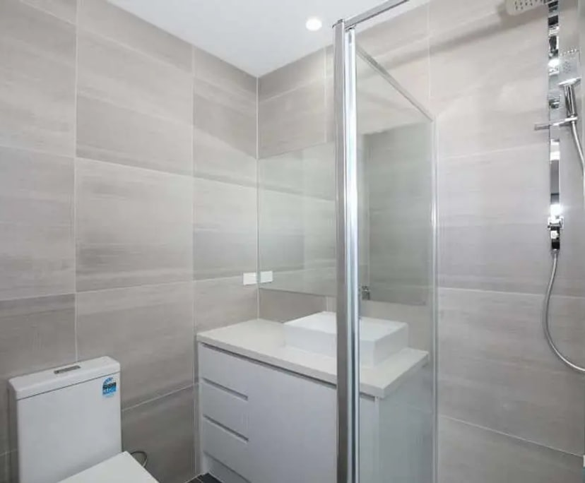 $200, Share-house, 2 bathrooms, Dickens Street, Lalor VIC 3075