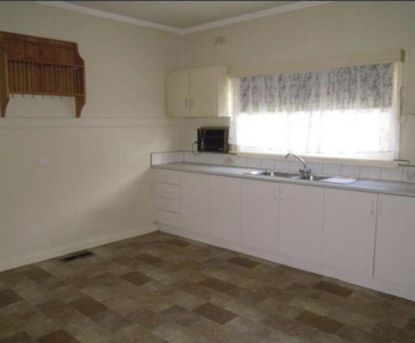 $450, Whole-property, 3 bathrooms, Oakleigh South VIC 3167