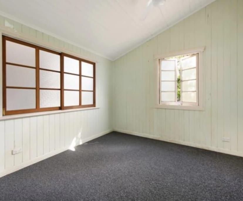 $270, Share-house, 3 bathrooms, Hilton Street, East Brisbane QLD 4169