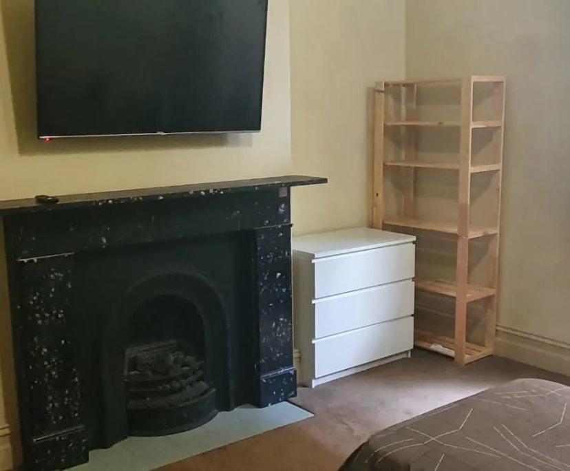 $140-260, Share-house, 3 rooms, Alma Road, St Kilda VIC 3182, Alma Road, St Kilda VIC 3182