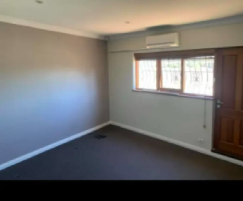 $230, Share-house, 3 bathrooms, Canning Highway, East Fremantle WA 6158