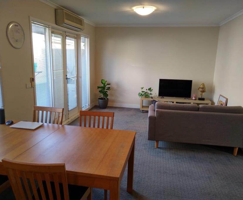 $250, Share-house, 2 bathrooms, Windsor VIC 3181