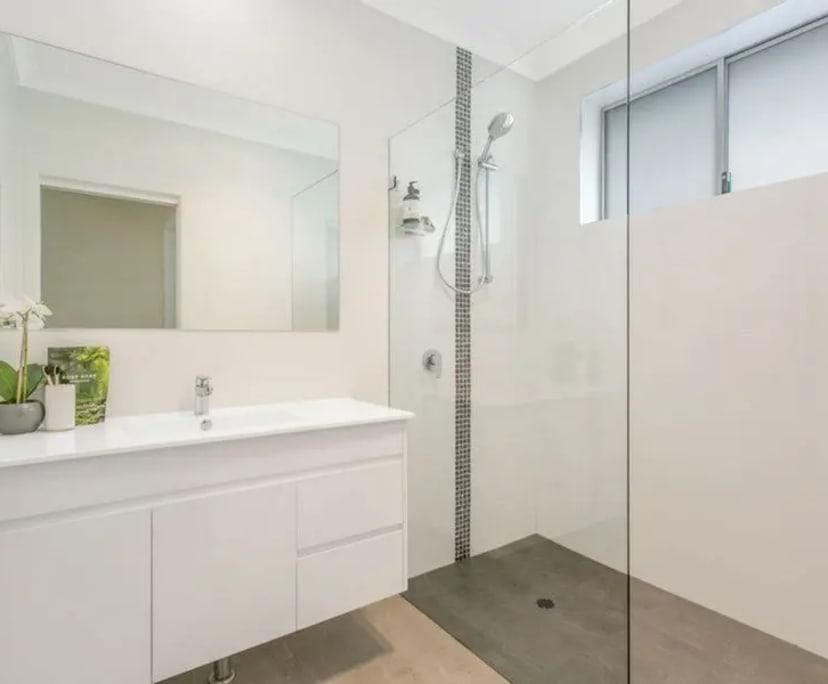 $230, Share-house, 2 bathrooms, Hurstville NSW 2220