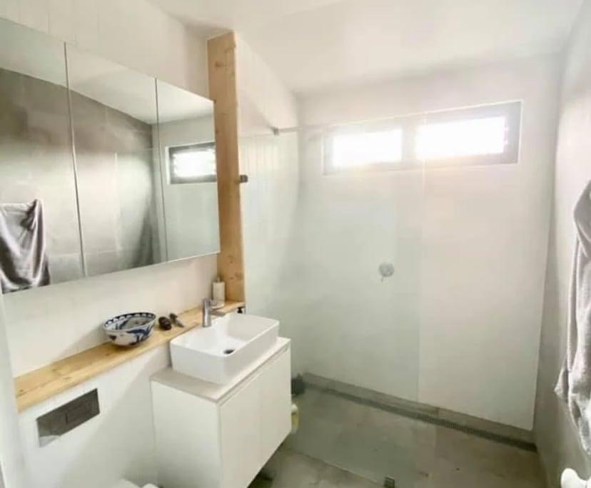$400, Share-house, 4 bathrooms, Metropolitan Road, Enmore NSW 2042